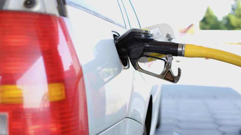 Heizöl und Benzin sind viel zu teuer