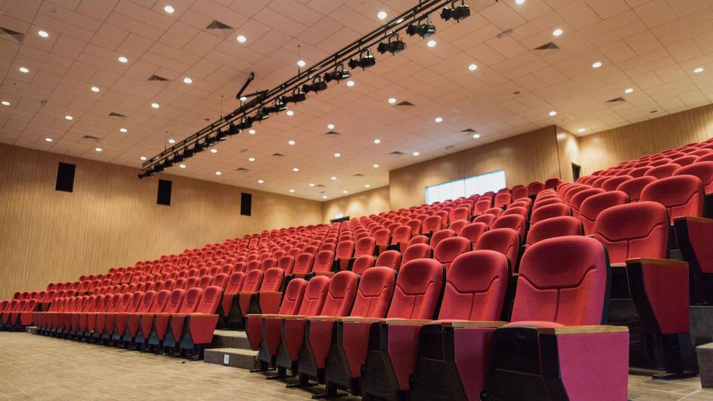 Digitale Hauptversammlungen 2021 – Zuhause statt in der Messehalle