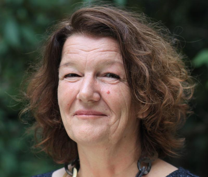 Gisela Baur im Portrait
