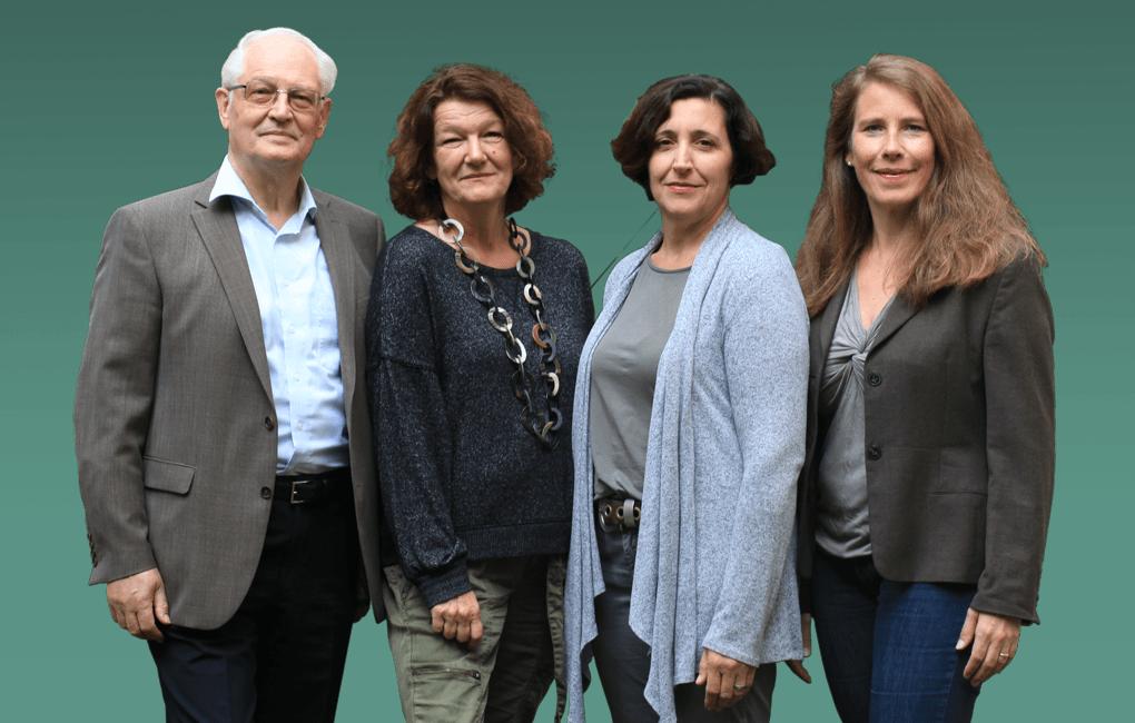 Die vier Finanzjournalisten sind ein Team