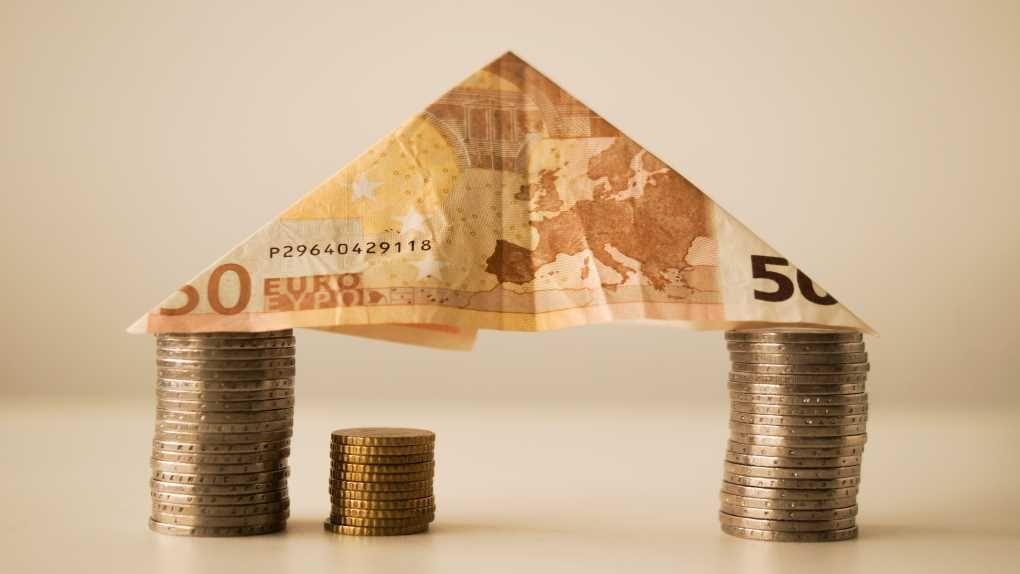 Zwei ETF-Anbieter unter einen Dach - das kann Anleger Geld kosten